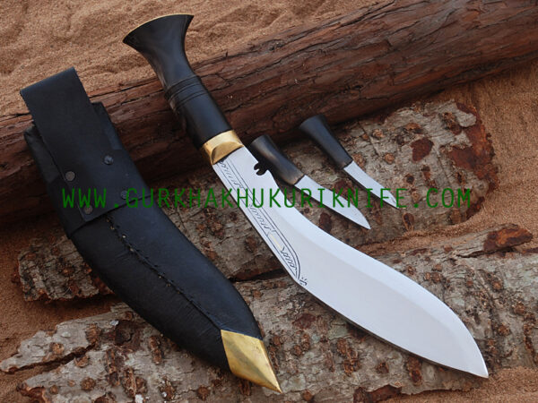 "10"" Bhojpure Parawala Khukuri Knife – Horn Handle"